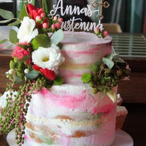 Almond Buttercream With Fresh Flower Cake